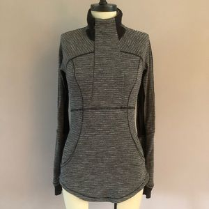 Lululemon half zip with front pockets